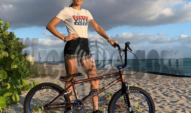 Pembalap BMX Chelsea Wolfe Membuat Sejarah